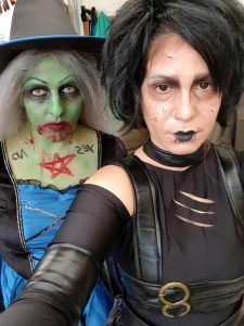 4 C81 Halloween Lois and Telma